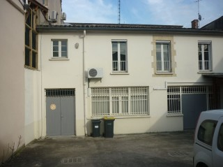 location local MARMANDE 0 pieces, 180m2